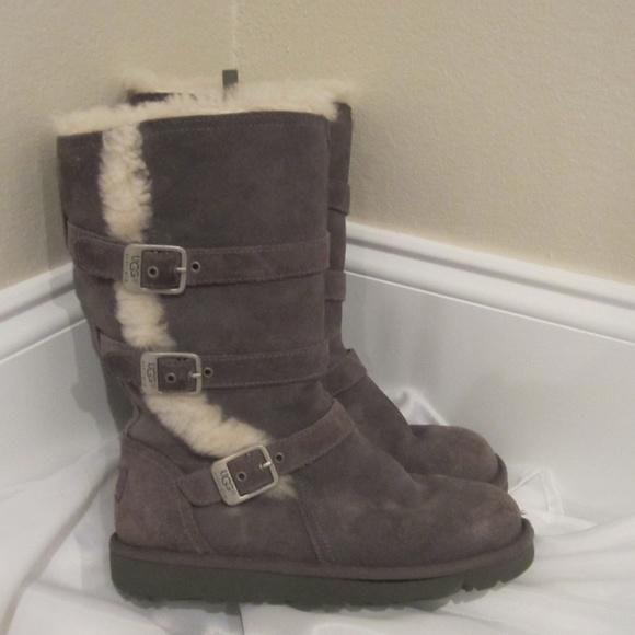 a0ce4b2d687 Ugg Kids 3 Maddi Boots Gray Buckles Winter EUC